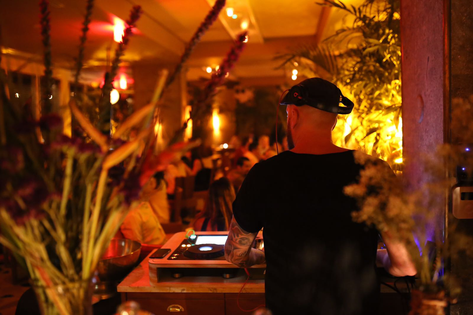 miami party, happy hour near me, sushi, late night, dj party
